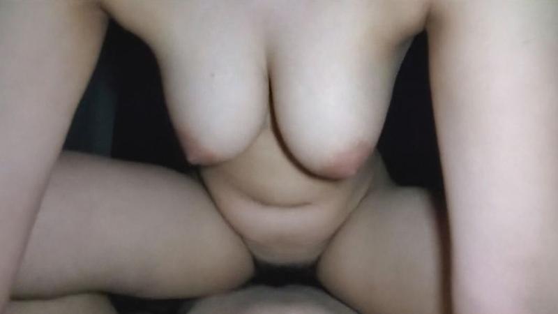 FC2 PPV 1231988 【個人】地味な眼鏡の巨乳妻、旦那に売られ他人棒を巨乳で奉仕、生膣を犯され中出しされる。